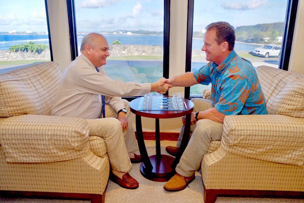 Guam_handshake